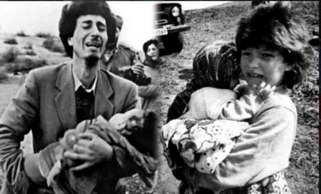 """Yukarı Karabağ bölgesinin bir kasabası olan """"Hocalı"""", 936 kilometre karelik alanı ve 11.356 kişilik nüfusu ile ufak bir yerleşim yeri olmasına rağmen bölgede bulunan tek hava alanına sahip olması nedeniyle stratejik olarak çok önemli bir konumdaydı. Bölge 1991 yılının Ekim ayından itibaren abluka altına alınarak Ermeni Devlet Kuvvetleri tarafından bombalanmıştı. 1992 yılının Ocak ayında ise bölgede uçan helikopterin düşürülmesi 20 Rus ve Kazak uzmanın ölmesi ile sonuçlanınca Hocalıya 6 aydan fazla sürecek bir gaz ve elektrik kesintisi uygulanacak, bölgede bulunan Rus 366. Zırhlı Alayının ağır silahlarıyla bombardıman yapılacaktı.   1992 yılının 25 Şubatını 26 Şubata bağlayan gece Ermeni milisleri ve askerleri giriş ve çıkışlarını tuttukları Hocalı köyüne girdiklerinde savunmasızca saklanan veya dağlara kaçan insanların üzerine kurşun yağdırmaya başladılar. Katliam bittiğinde geride 83'ü çocuk, 106'sı kadın olmak üzere toplam 613 kişinin cansız bedeni kasabayı kaplıyordu. Yapılan katliama bütün İnsan Hakları savunucusu olduklarını iddia eden devletler sustu. Katliam sonrası 1275 Azeri Türk rehin alındı. Bu esirlerden 150'sinin akıbeti halen bilinmemektedir."""