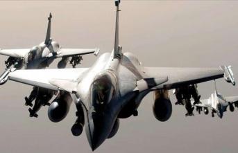 Yunanistan Politikalarına Türkiye Etkisi: Savunma Bütçelerini 5 Kat Artırdılar!