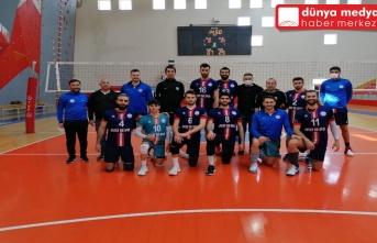 Büyükşehir Erkek Voleybol Takımı Diyarbakır'dan Mutlu Döndü