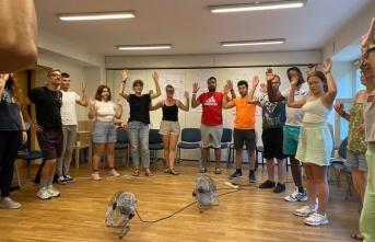 BELENLİ İNGİLİZCE ÖĞRETMENLERİNE   POLONYA'DA DRAMA EĞİTİMİ!