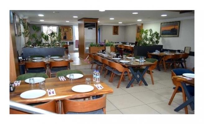 Son Dakika: Tüm lokanta, restoran ile pastanelerin oturma alanları koronavirüs tedbirleri kapsamında kapatılıyor