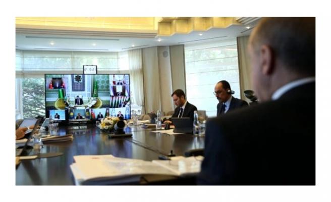 Cumhurbaşkanı Erdoğan, Türk Konseyi Zirvesi'nde yaptığı konuşmayı Kutadgu Bilig'den mesajla bitirdi