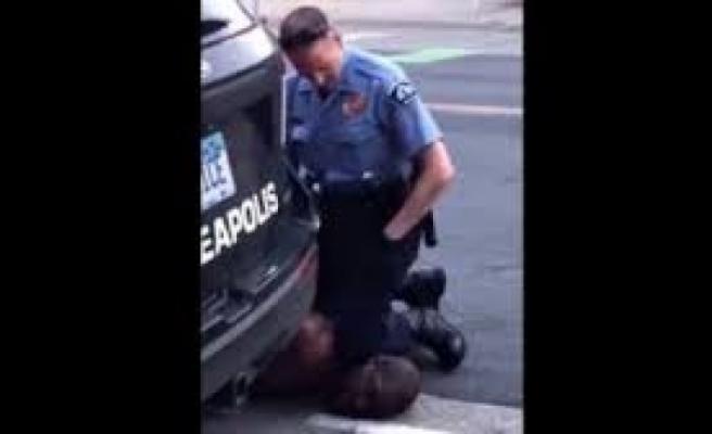 Amerikan polisinin eylemcilere acımıyor