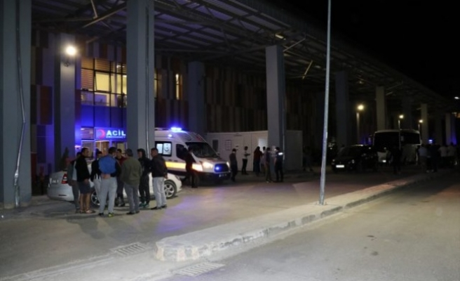 Van'da PKK'lı teröristler sivilleri hedef aldı: 2 şehit, 8 yaralı