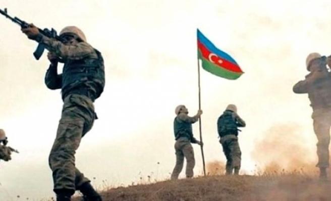 Azerbaycan karşısında duramayan Ermenistan cepheden çekilmek zorunda kaldı