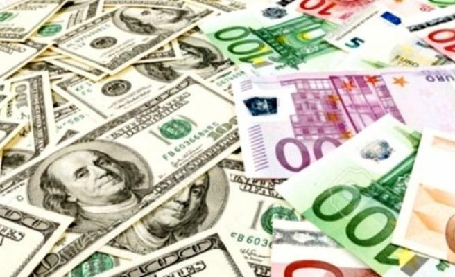 Dolar ve euro yeni haftaya düşüşle başladı