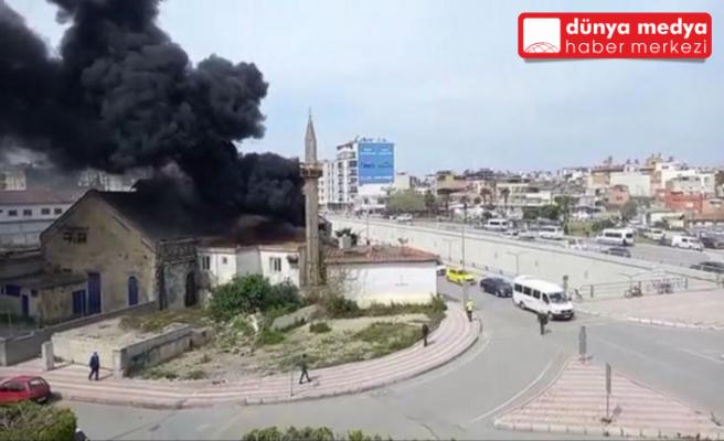 İskenderun Pac Meydanı'nda   Cami Çatısında Yangın Çıktı!