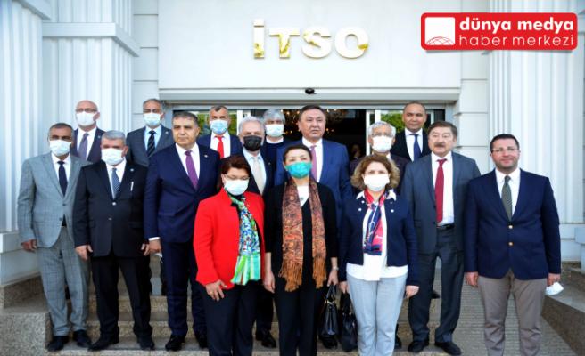 İTSO'DA    Türk Dünyası ile    İstişare Toplantısı Düzenlendi