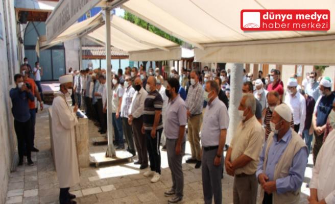 Hatay'da   Filistin'de hayatını kaybedenler için   gıyabi cenaze namazı kılındı