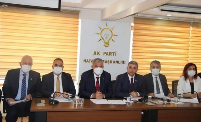 """Ak Parti Hatay Il Başkanı Yeşildal: """"Hatay iyi yönetilmiyor!"""""""