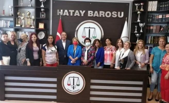 CHP Kadın Kolları ile Hatay Barosu Arasında Yaşam Hakkı Projesi  Protokolü İmzalandı