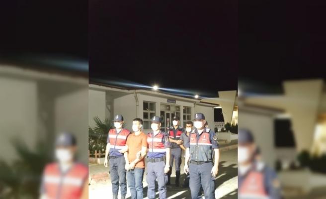 Hatay'da göçmen kaçakçılığı yaptıkları   iddiasıyla 2 zanlı tutuklandı