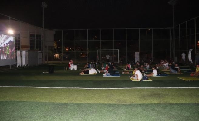 İskenderun Gençlik Merkezinde   Açık Hava Sineması Sezonu Başladı