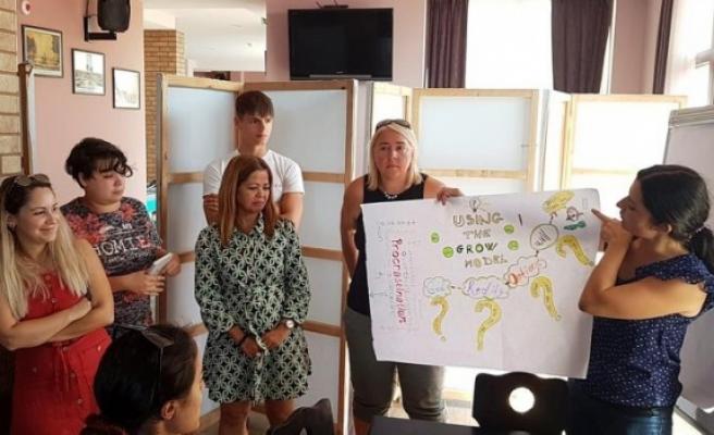 Belen'den 3 eğitimciye    Bulgaristan'da Koçluk Eğitimi