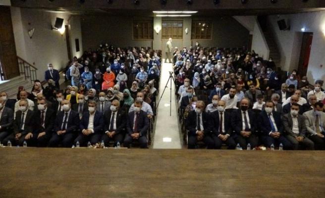 Hafızlık ve Kur'an-ı Kerimi Güzel Okuma Yarışması Hatay'da düzenlenen yarışmada Bursa'dan Hümeyra Güneş birinci oldu