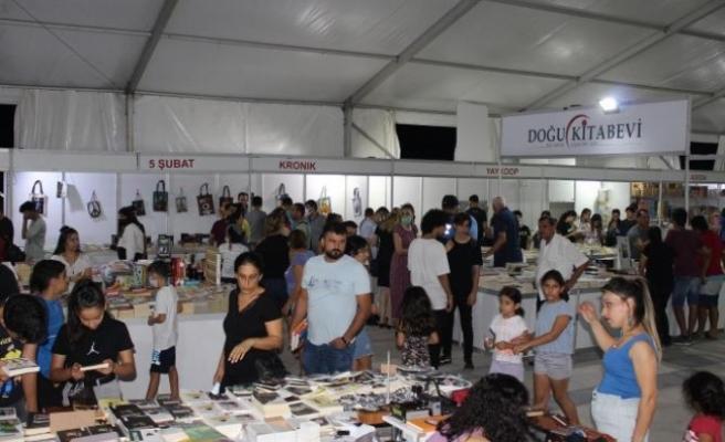 Samandağ Belediyesi kitap günleri sona erdi