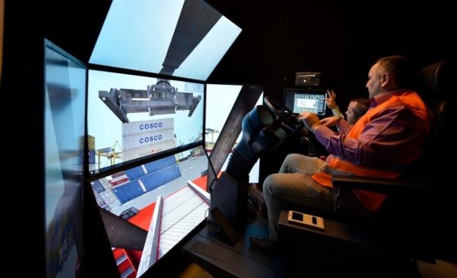 TÜRKLİM'den limancılık eğitimine   simülatör desteği