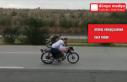 Otoyolda yarış yapan motosiklet sürücülerine...