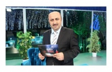 Ömer Döngeloğlu Korona virüs nedeniyle hayatını kaybetti.