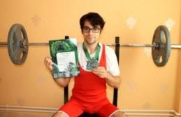 Hataylı halterci Osman Kalçın, Rusya'dan üç dünya rekoru ile döndü