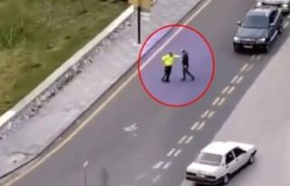 Kaza yapıp polise saldırdı! O anlar kameraya yansıdı