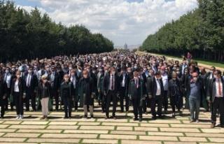 'Savunma Yürüyüşü' iktidarın ablukasını...