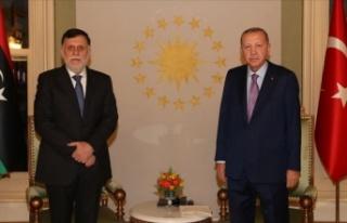 Cumhurbaşkanı Erdoğan Libya Başbakanı Serrac'ı...
