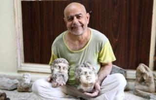 Evini atölyeye çeviren sanatçı, Antik Roma döneminin...