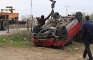 Hassa'da Bir Araç Şarampole Yuvarlandı!
