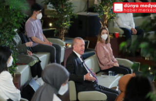Cumhurbaşkanı Erdoğan gençlerle bir araya geldi