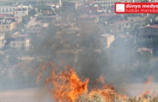 Kırıkhan'da anız yangını 350 dönüm makilik...