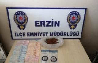 Erzin'de Uyuşturucu Operasyonu