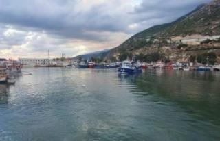Hatay'da balıkçılar av sezonunu törenle açtı