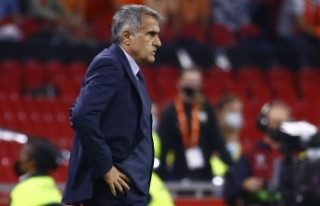 Hollanda: 6 - Türkiye: 1   | MAÇ SONUCU