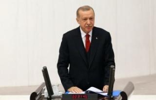 Cumhurbaşkanı Erdoğan Meclis açılışında yeni...