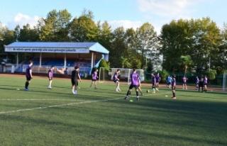 Erdemir Stadı ve Spor Salonu, bölge sporcularının...