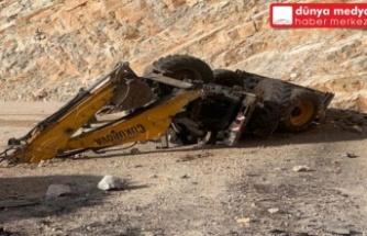 İş makinesi devrildi, operatör hayatını kaybetti