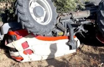 Altınözü'nde14 yaşındaki çocuk,   kullandığı traktörün altında kaldı