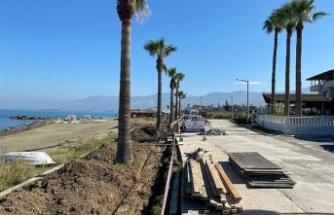 Arsuz Belediyesi Karaağaç Sahil Yolu   2. Etap Çalışmalarına Başladı