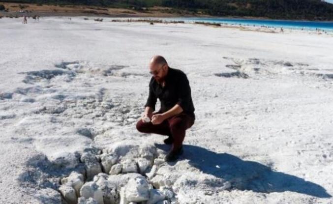 Jeofizik yüksek mühendisi Arıkan: Salda Gölü'ndeki beyaz kum aslında fosil