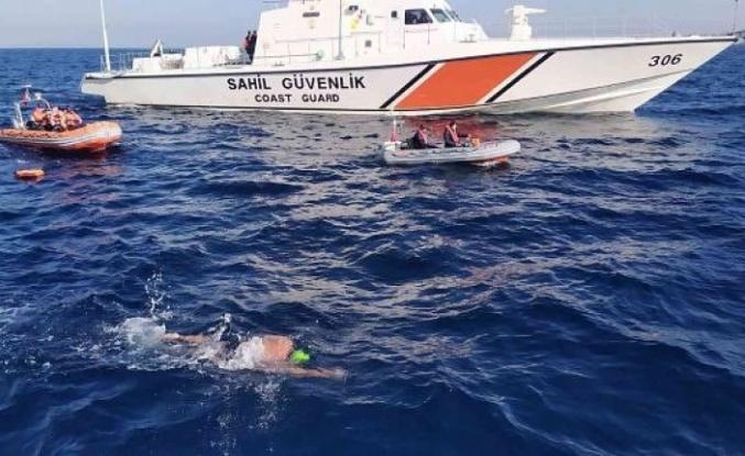 İskenderun körfezinde yüzme   maratonu 12 saatte tamamlandı!